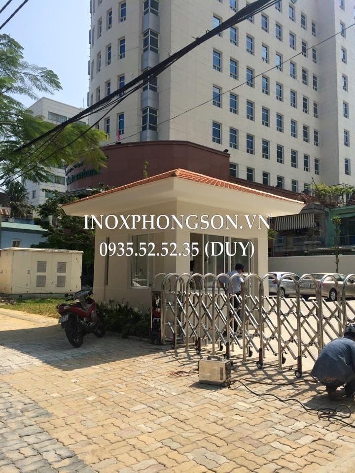 cổng xếp NH Vietcombank đà nẵng