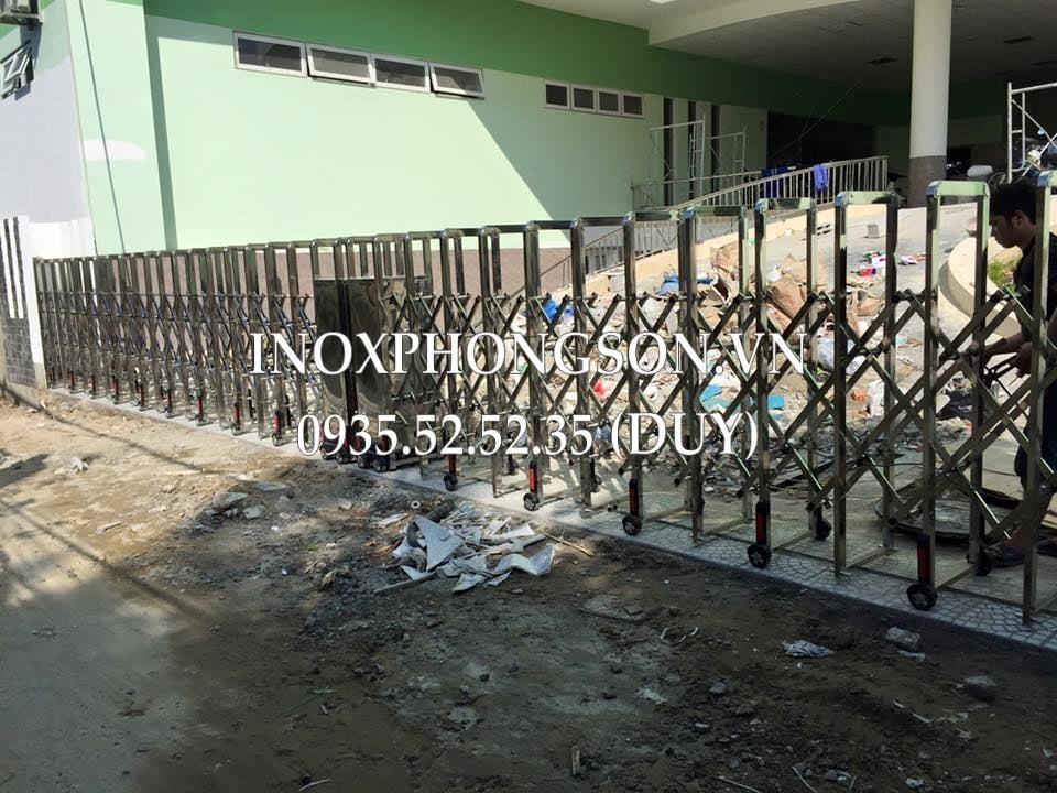 cửa cổng xếp bv đa khoa quận hải châu đà nẵng
