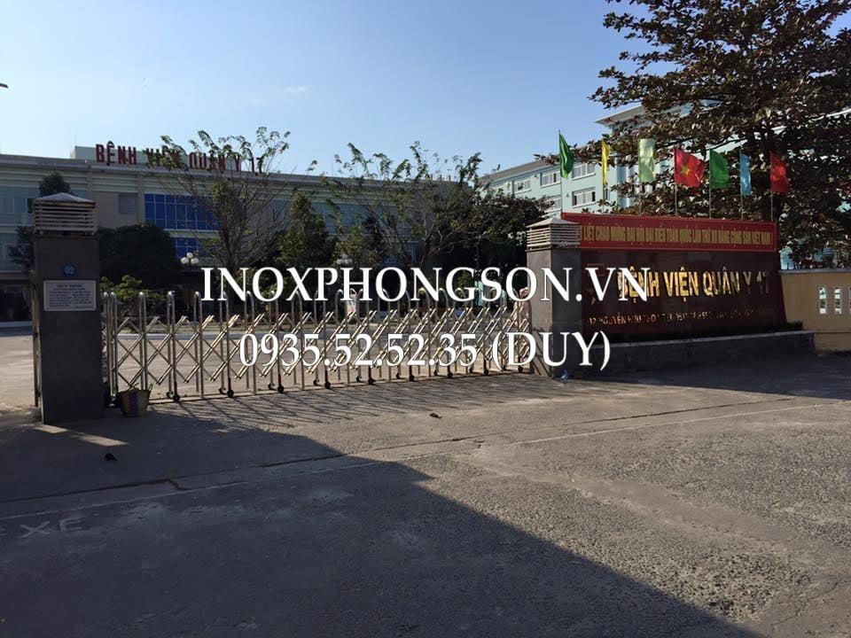 cổng xếp điện bv quân y 17 đà nẵng