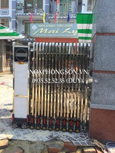 Lắp Cửa Cổng Xếp Inox ở Quảng Bình cho Nh� ...